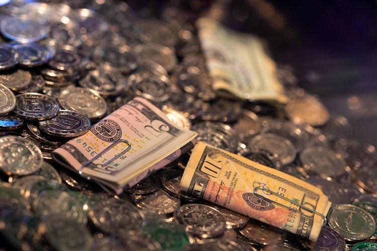 ทุนเล่นคาสิโนออนไลน์-เงิน